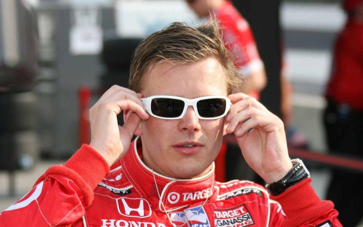 Indy 500 Tributes Dan Wheldon with White Sunglasses